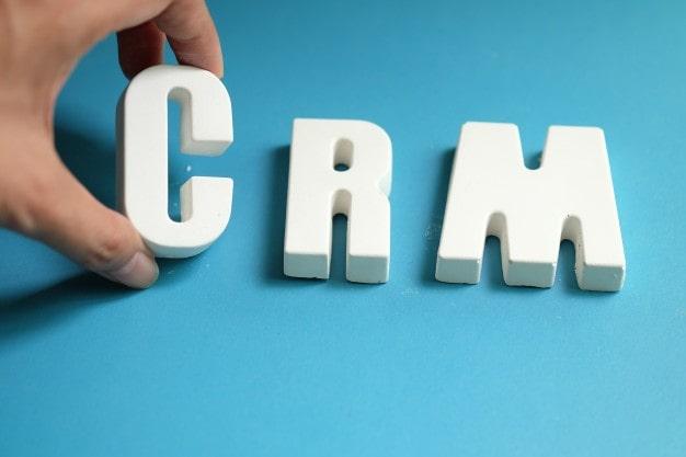 ¿Cómo las centralitas telefónicas pueden mejorar el CRM de tu marca?